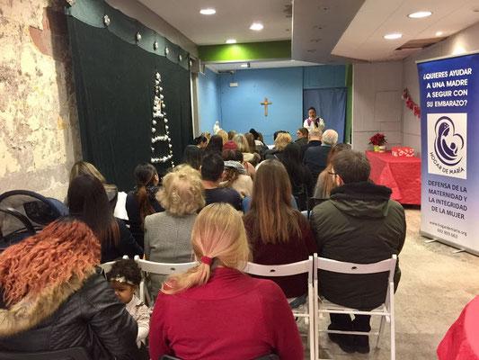 2016:12:21:celebramos-la-navidad-en-el-hogar-de-maría-17-12_1